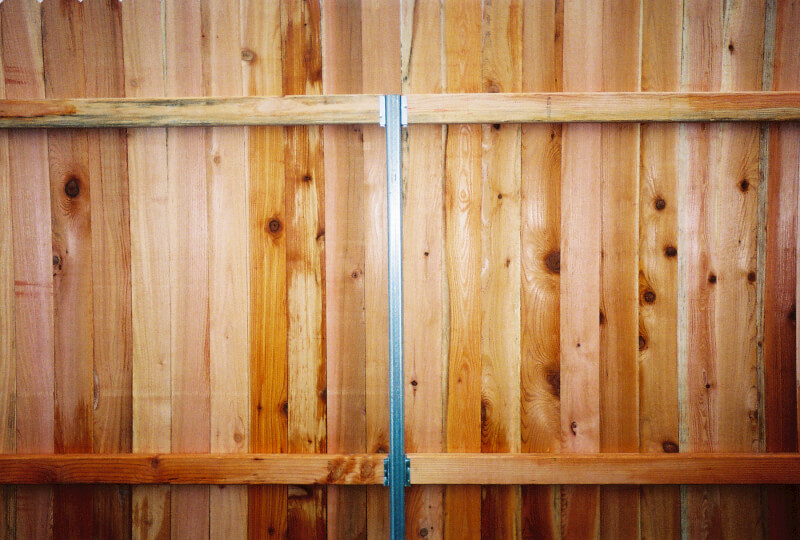 Steel Post Fence Construction: Steel posts last a lot longer as they will not rot, warp or split (like wood) and they are much stronger than wood posts. Call The Fenceman Fence Company Today - 360-254-2299