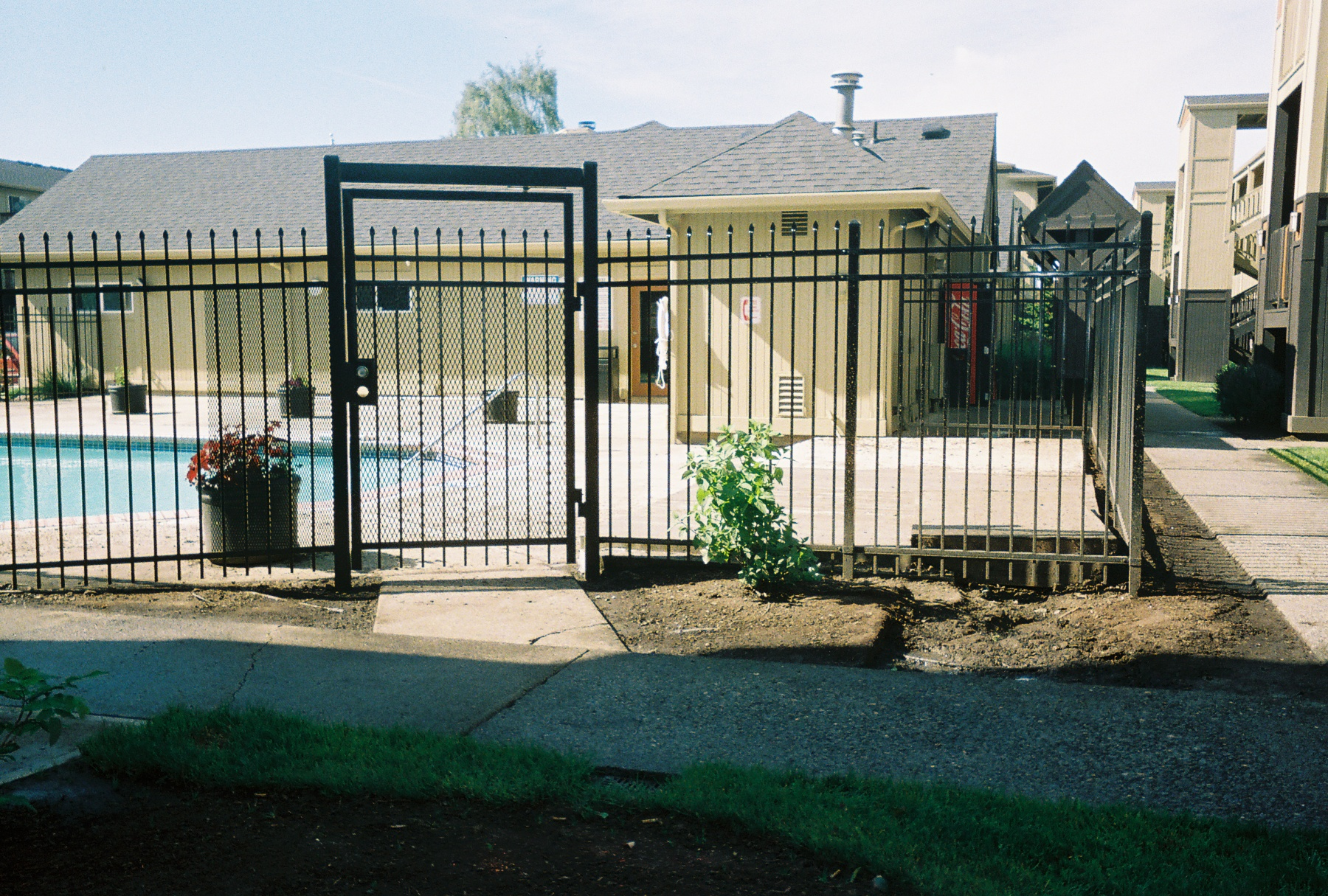Ornamental Fence: self-closing Pre-Hung gate. Contact Vancouver Washington's Best Fence Builders. Providing the best in all your fence needs for over 35 years. Call: 360-254-2299 today